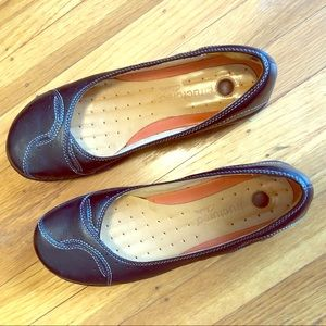 Cute Slip-on with Pretty Top Stitching